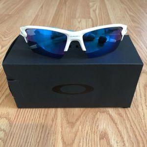 Authentic New Oakley Flak 2.0 XL White Sapphire